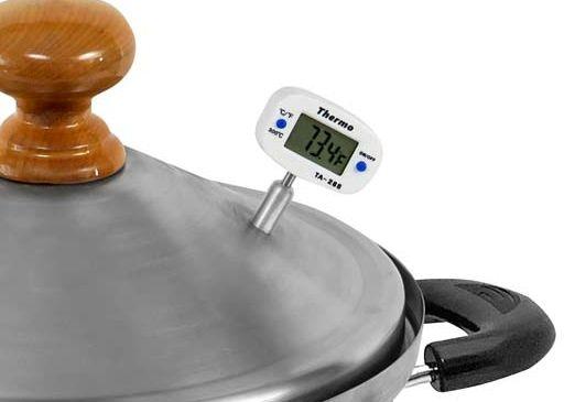 Аналоговый биметаллический термометр был заменён на цифровой