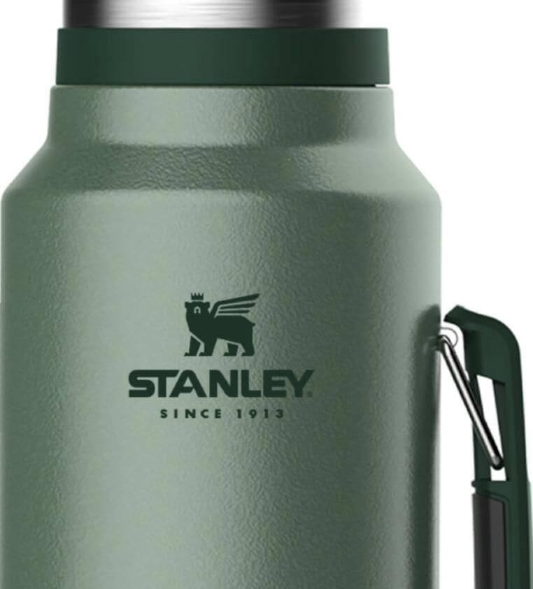 thermos-with-new-logo-stanley